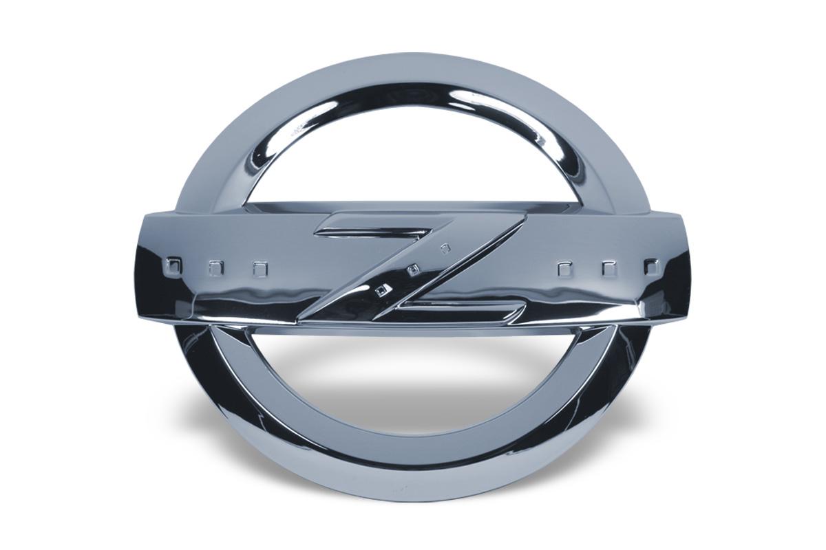 nissan 350z 370z z emblem chrom ctd germany nissan. Black Bedroom Furniture Sets. Home Design Ideas